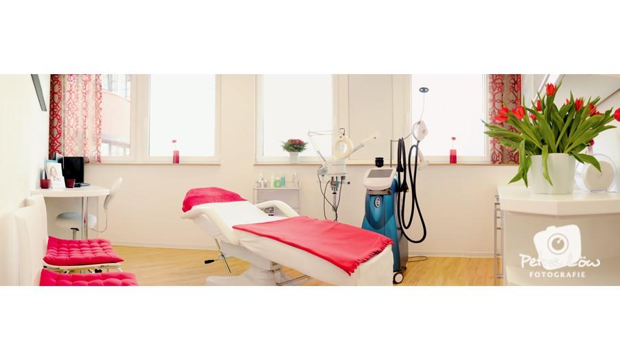 behandlujngszimmer
